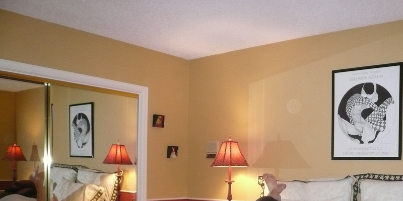 Tips on Painting Ceilings With Texture